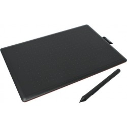 Графический планшет Wacom One by Wacom M